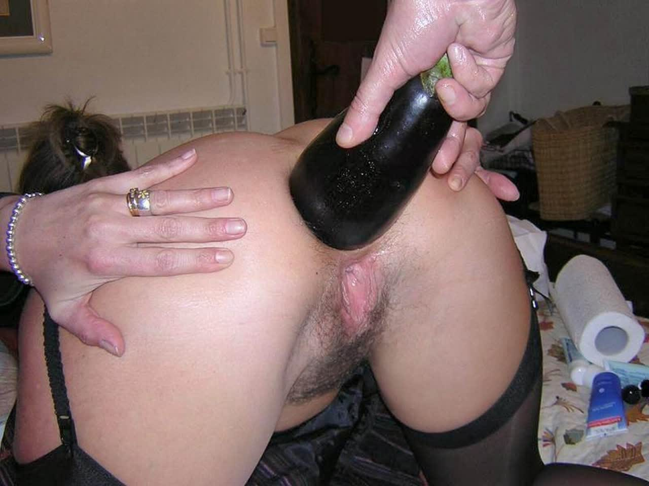 Black meat feast for blonde